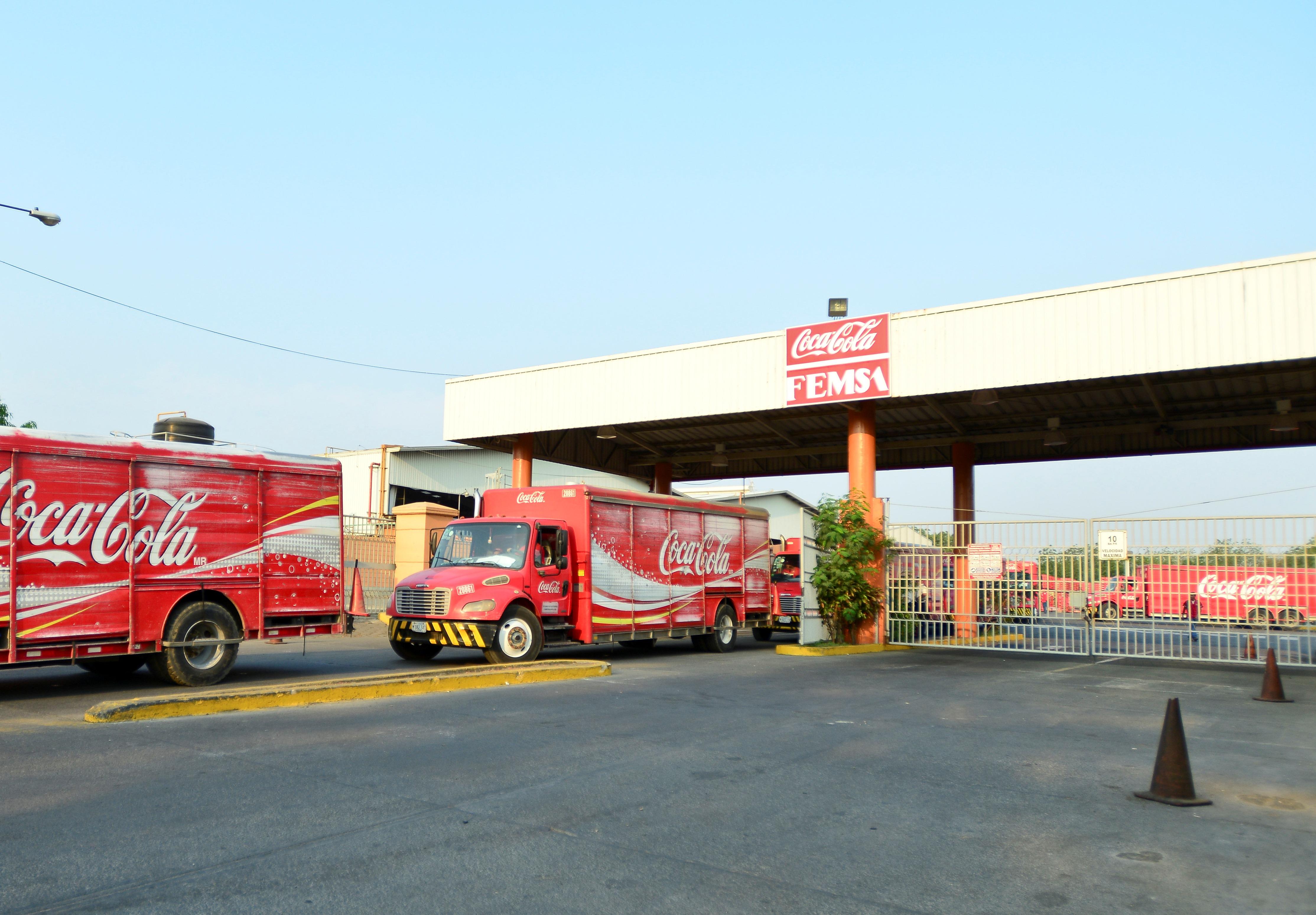 Reconocen a Coca-Cola FEMSA como Industry Mover 2015 de RobecoSAM
